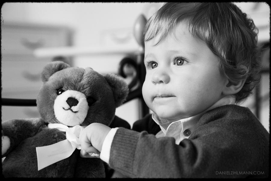 Baby Foto Teddybär Geburtstag Schwarzweiss